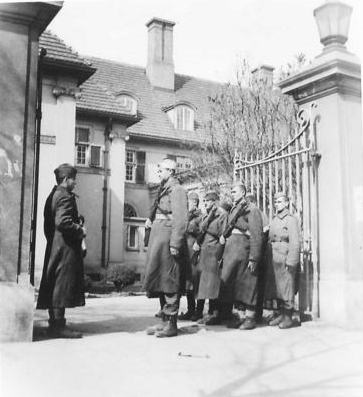 A NOVJ guard at the British Embassy. (IWM, London, photographic archive, NA23377)