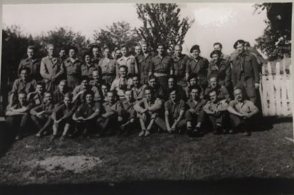 The officers of the British Military Mission Mihailović shortly before their evacuation at the end of May 1944. (IWM, London, photographic archive, Documents archive 12697)