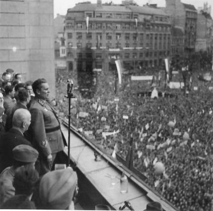 Marshal Tito addresses the crowds gathered in Republic Square in Belgrade on 27th March 1945. (IWM, London, photographic archive, NA23610)