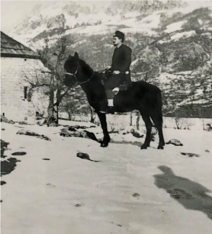 Major Hudson on a horse in the winter of 1941